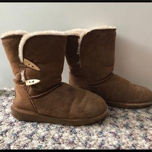 Light brown Bearpaw Boots